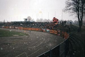 12.04.1997 (5 fotek) Chrobry-Miedź